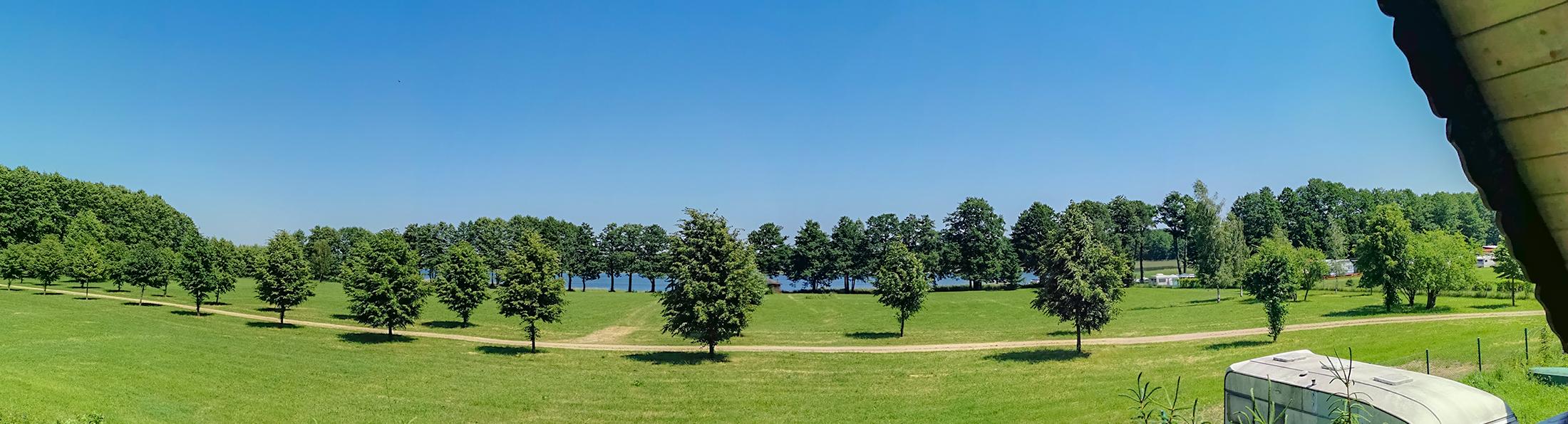 Noclegi nad jeziorem, Studio nad jeziorem Kirsajty